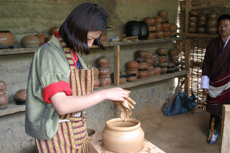 Making mud pot at Fold Heritage Museum